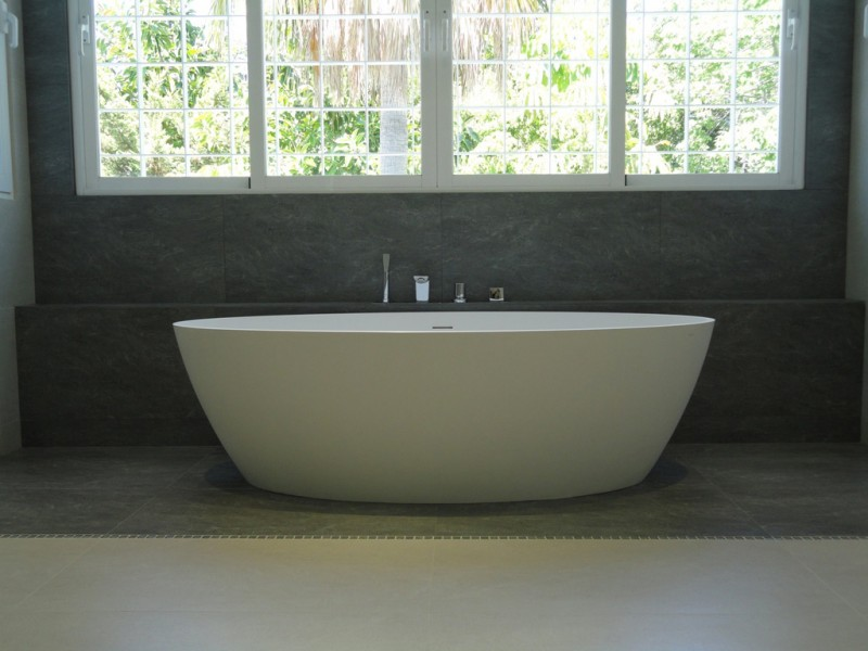 Bathroom design and installation - Guadalmina Baja