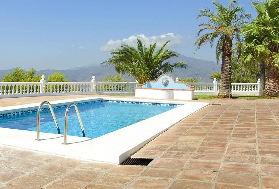 Patios and Pools - Costa del Sol RefurbishmentsPatios and Pools - Costa del Sol Refurbishments
