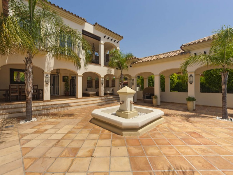 Villa for Sale - Bahía de Marbella